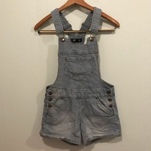 FOREVER 21 STRIPED DENIM OVERALLS SIZE SMALL